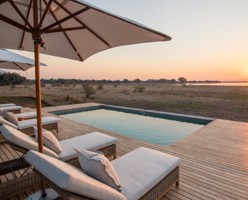 Chikwenay Lodge - Swimming Pool - Private Guides_