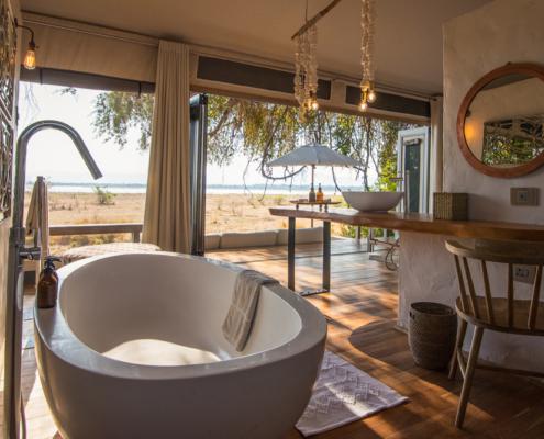 Chikwenya Lodge Bathroom - Private Guides - Wild Again